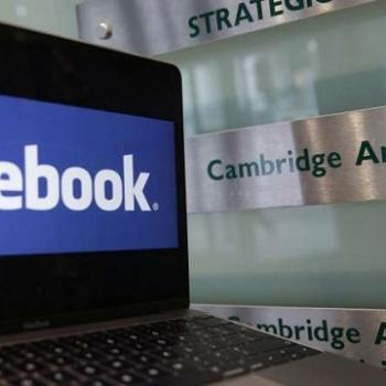 Facebook (Fb) y Cambridge Analytica (CA)